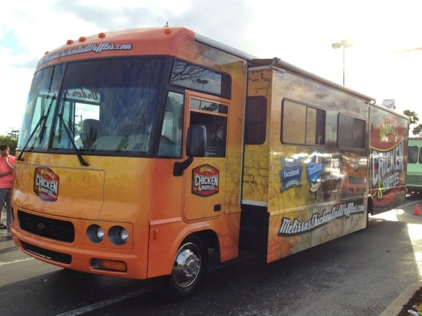 New Look For Melissas Chicken And Waffles Super Food Truck Droolius